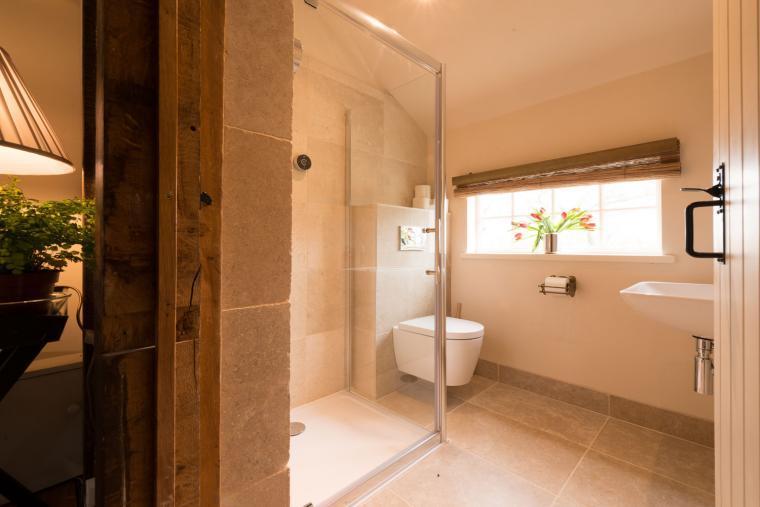 Bathroom, Navigation Cottage, Essex