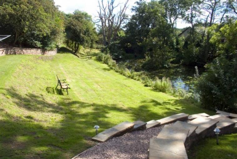 Gardens, Nantusi Cottage, Angus, Scotland