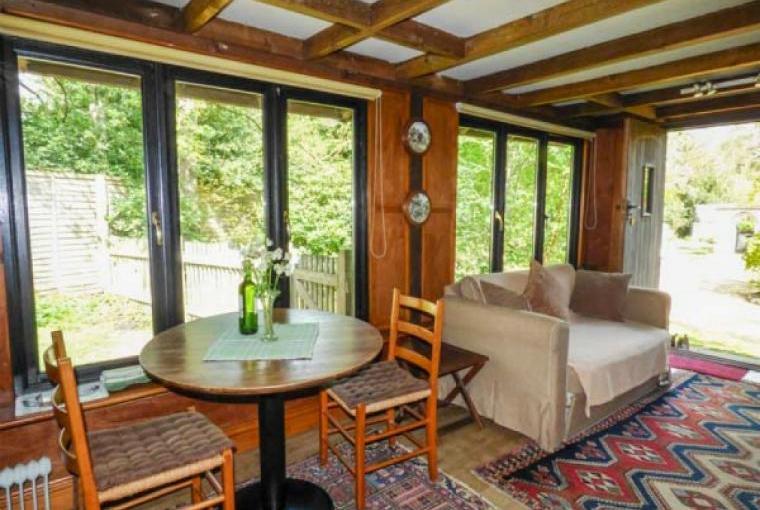Lounge, Endymion Lodge, New FoLounge, Endymion Lodge, New Forest, Hampshirerest, Hampshire