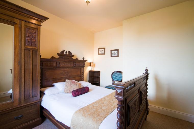 The Antique Oak bedroom