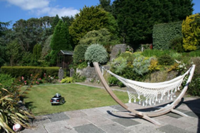 Large Country House to rent Pembrokeshire sleeps 12