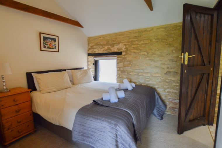 The Cotswold Manor Grange, Exclusive Hot-Tub, Games Barn, 70 acres of Parkland, Oxfordshire, Photo 21