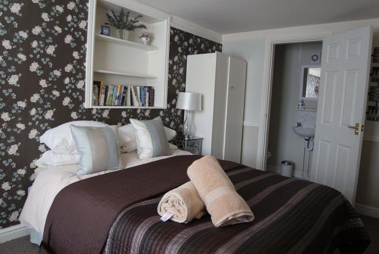 Double Bed Couples Celebrations ideal for Grandparents