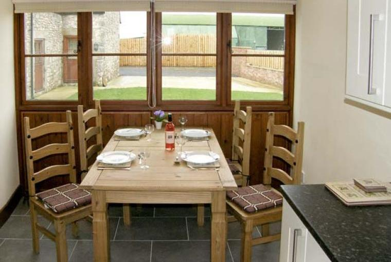 Dining area, The Granary Coastal Cottage, North Wales
