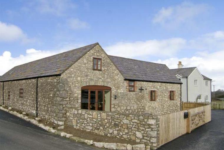 The Granary Coastal Cottage, North Wales