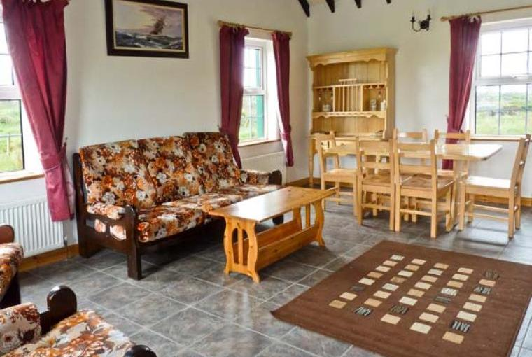 Lully More Pets Welcome Cottage, North West Ireland, Cheshire, Photo 2