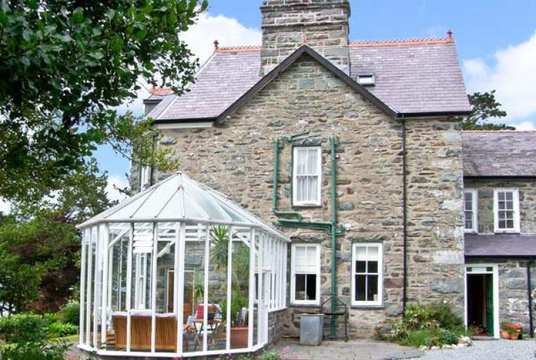 Pensarn Hall Dogs-welcome Cottage, Snowdonia