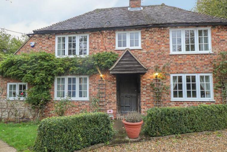 Shepherd Holiday Farmhouse, sleeps 7, Lenham Heath, Kent
