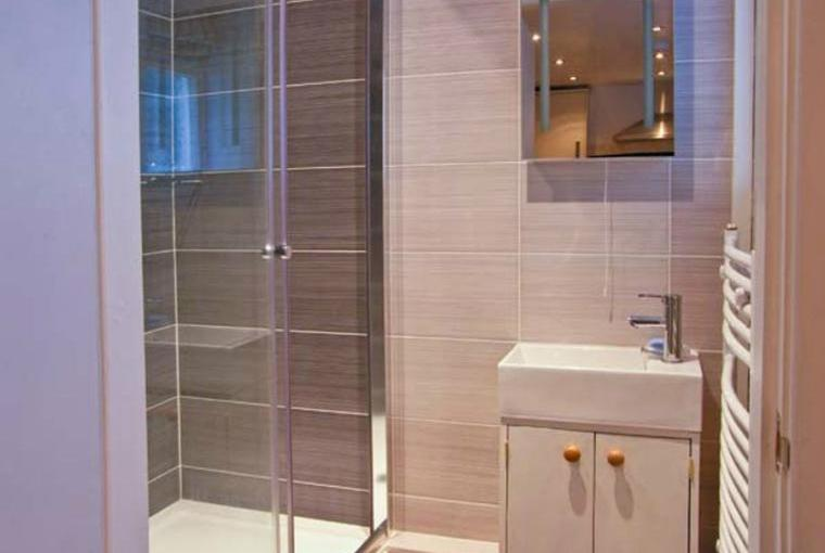Shower room, 5 Ivy Terrace