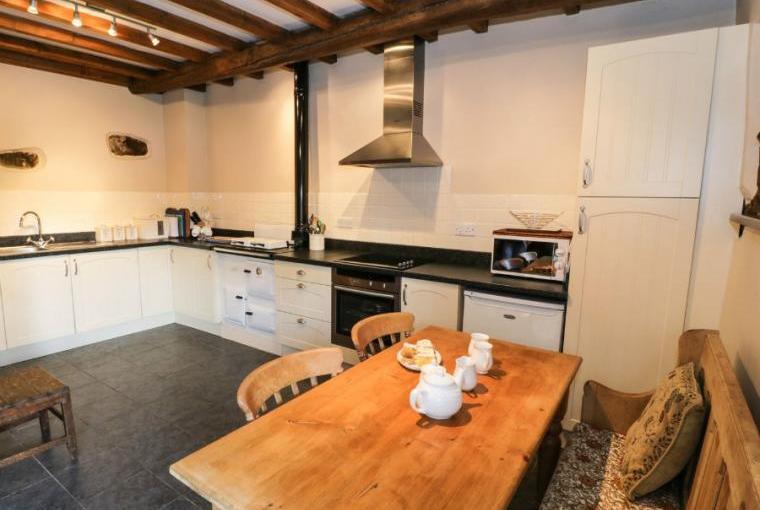 Kitchen/diner, Stable 2 Beach Cottage