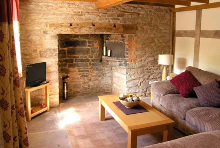 Lounge, Point Cottage, Heart Of England