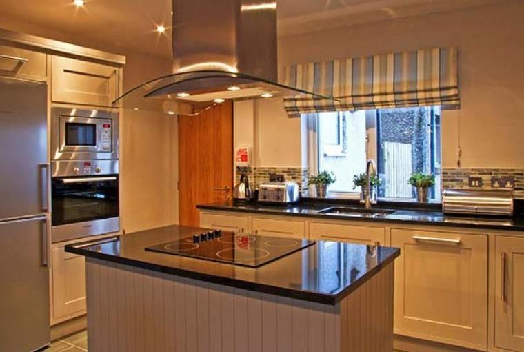 Craster Reach Kitchen