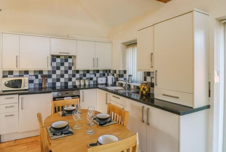 Kitchen, Belfry Dogs-Welcome Lodge, Lincolnshire