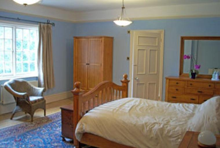 Self-catering country house, sleeps 20