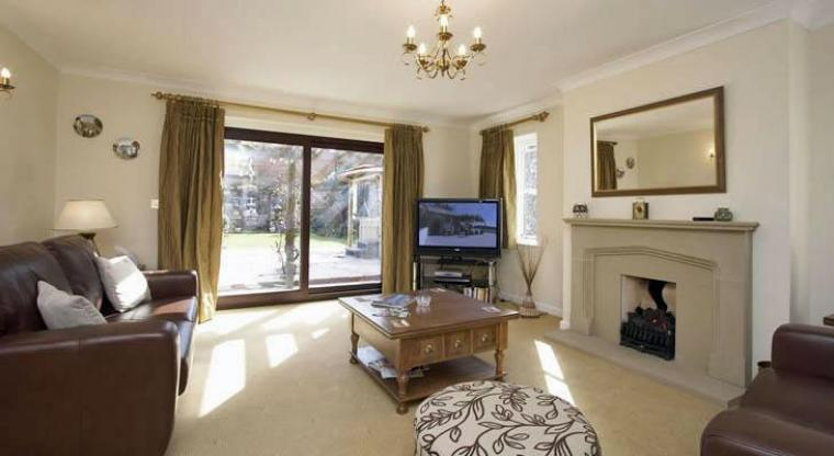 Luxurious holiday cottage Norfolk with Sky TV