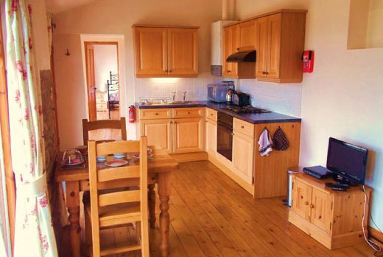 Holiday cottages for couples near Bath Somerset