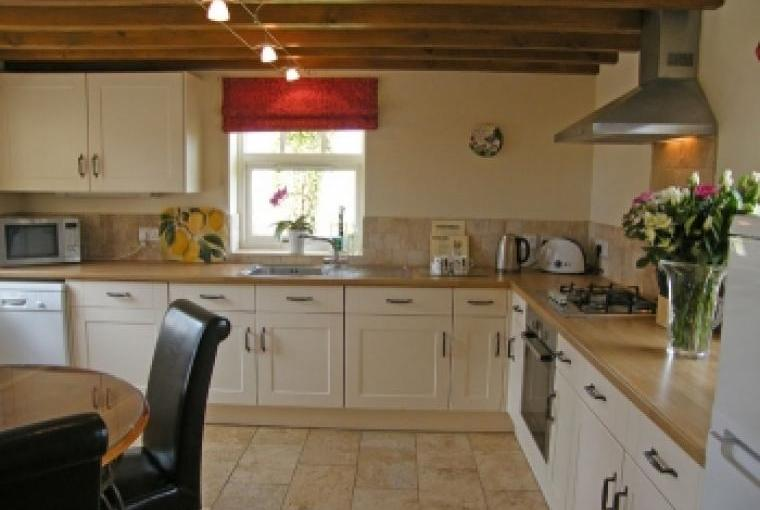 Country barn conversions with fitted kitchen