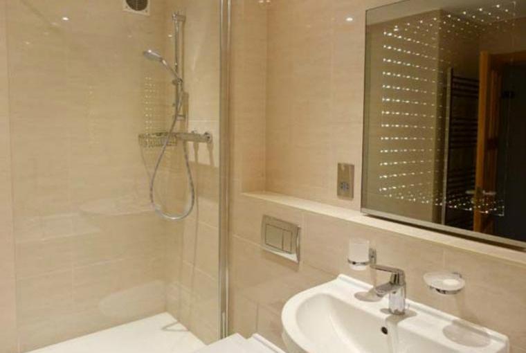 Bathroom, Brathay Apartment in Ambleside