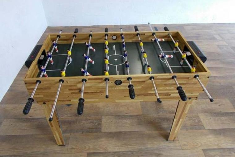 Play table football on holiday