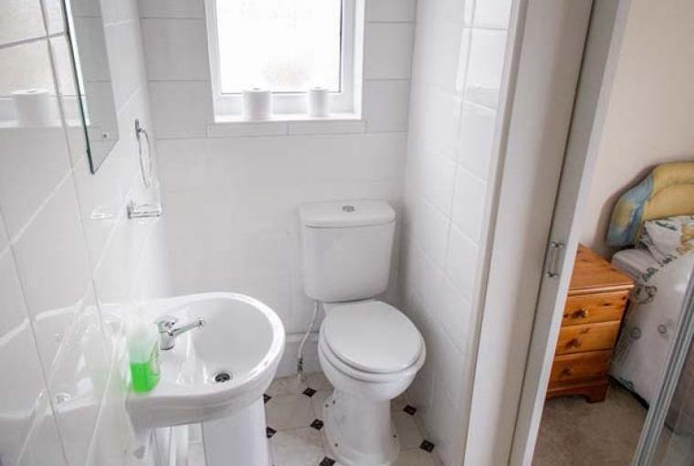 Crendon 4 Bedroom Coastal Cottage, Near Portreath, Cheshire, Photo 17