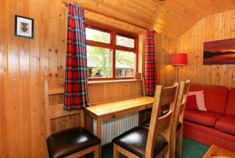 Creag Dhubh Country Cottage, Highlands And Islands , Cheshire, Photo 12