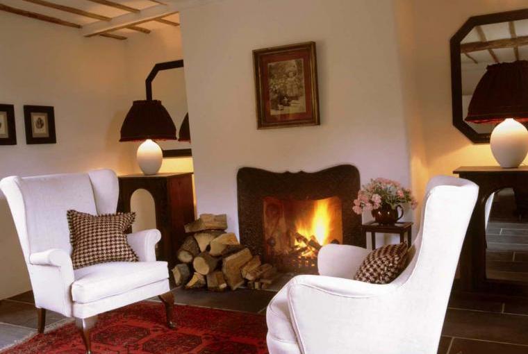 The Farmhouse @ Grove Farm - sitting room