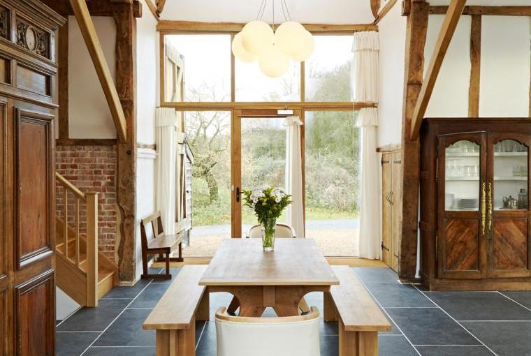 Alfred's Barn @ Grove Farm - hallway