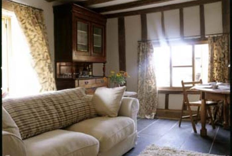 The Farmhouse @ Grove Farm - TV room