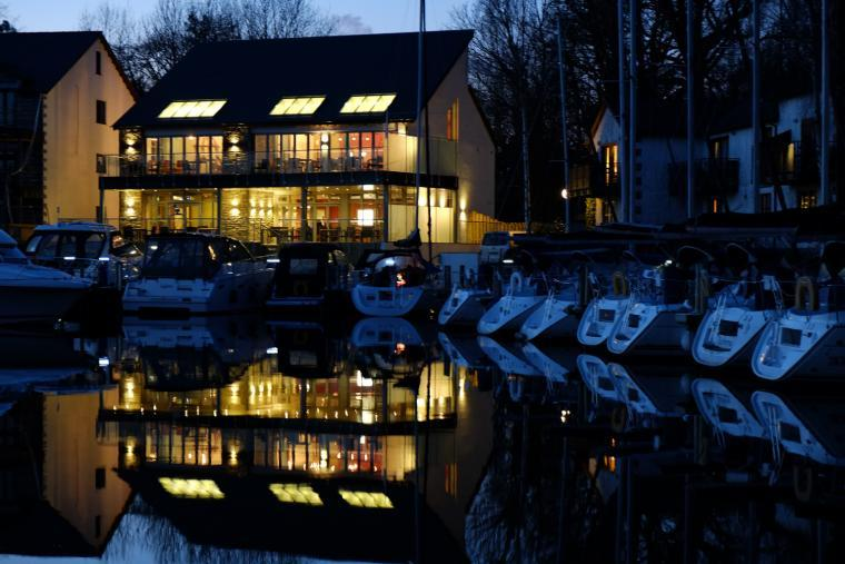 Just a few minutes walk to the contemporary Boathouse bar/restaurant on the marina