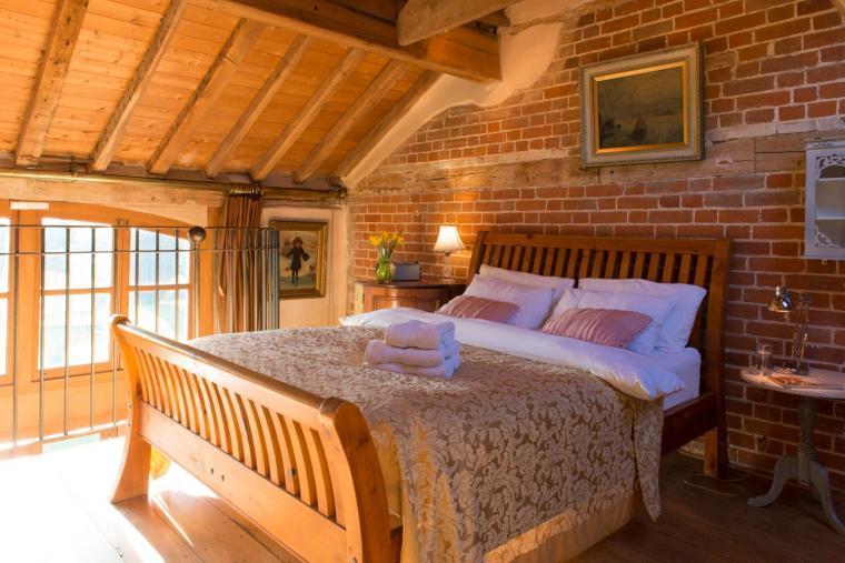 Cosy, romantic holiday cottage near Lavenham