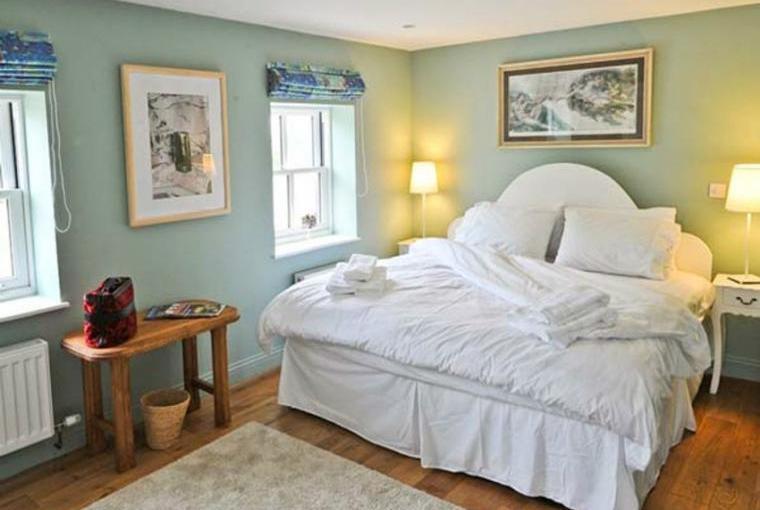 Romantic bedroom, Stonetrough Rural Retreat