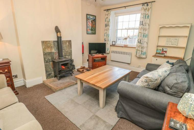 Gamekeeper's Holiday Cottage, Hadrian's Wall Country, Cheshire, Photo 2