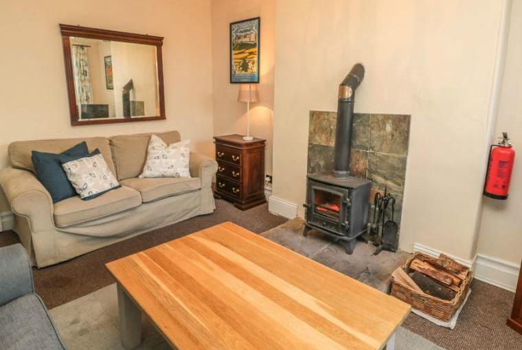 Gamekeeper's Holiday Cottage, Hadrian's Wall Country, Cheshire, Photo 4