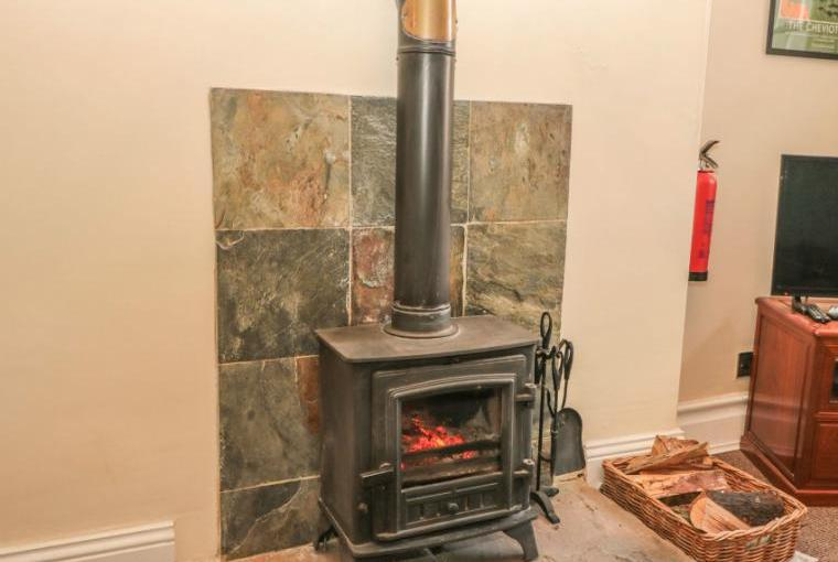 Gamekeeper's Holiday Cottage, Hadrian's Wall Country, Cheshire, Photo 5