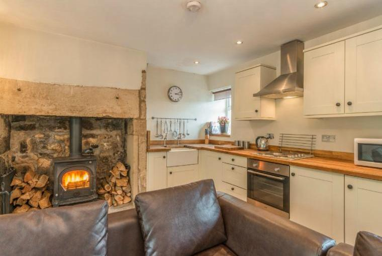 Ryehill Farm Cottage open plan living area