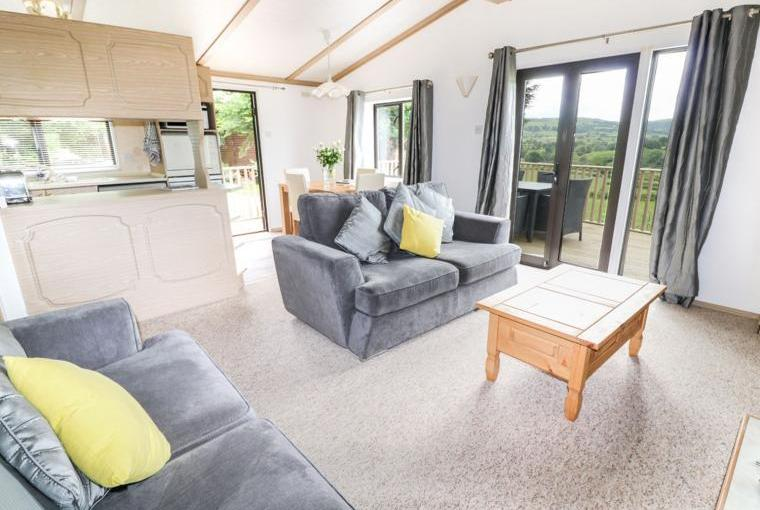 Open plan living area, Kitchen, Springtime Lodge near Abergele