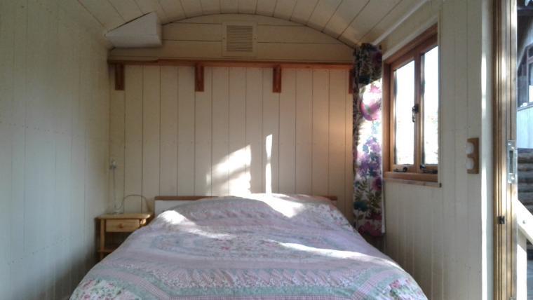 Tamarack Lodge, Somerset, Photo 15
