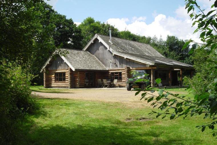 Tamarack Lodge, Somerset, Photo 1