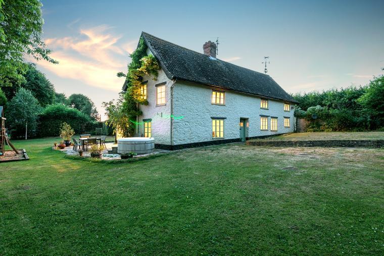 Cherry Tree Farmhouse, Somerset, Photo 1