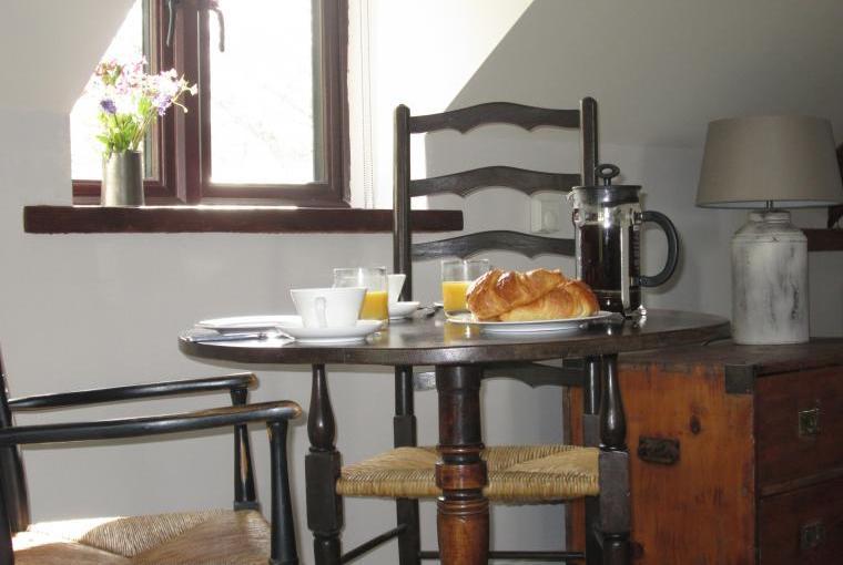 Sunny spot for breakfast