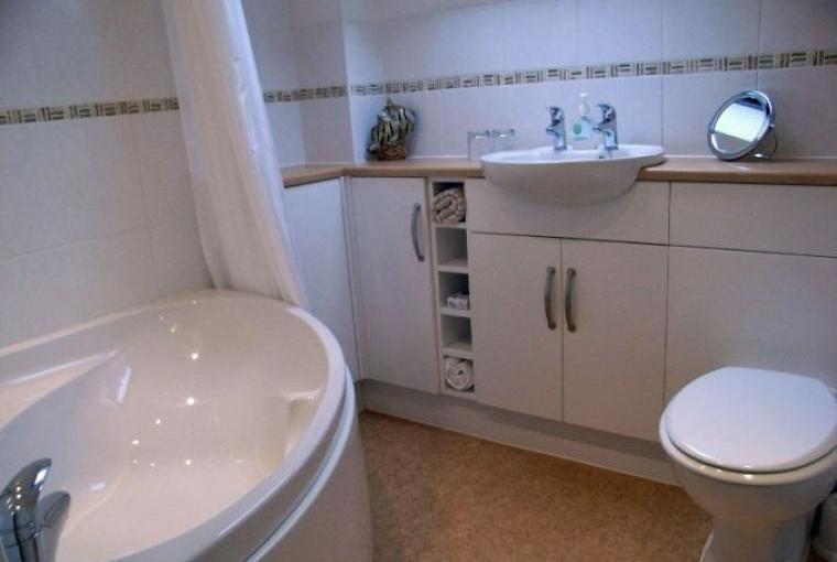 Dorset hoiday cottage that has a proper bath