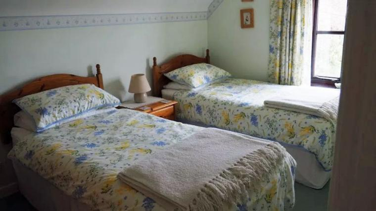 two bedroom Holiday cottage in Weymouth sleeps four