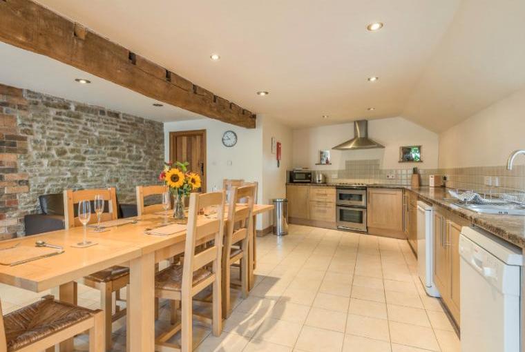 Kitchen diner Glebe Barn, Shropshire