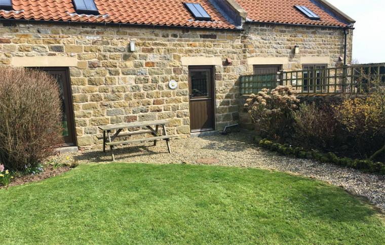 Low Moor Holiday Cottages, Yorkshire, Photo 8
