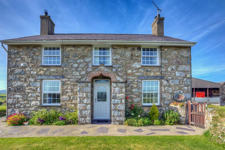 farmhouse holiday north wales
