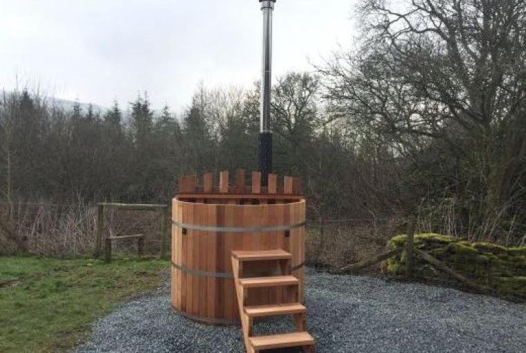 Log Fired Cedar Hot Tub