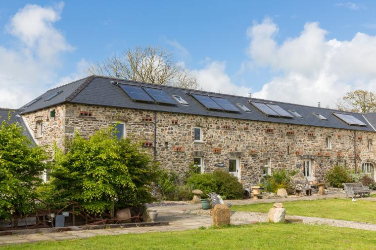 luxurious 3 bedroom cottage open plan living in Haverfordwest