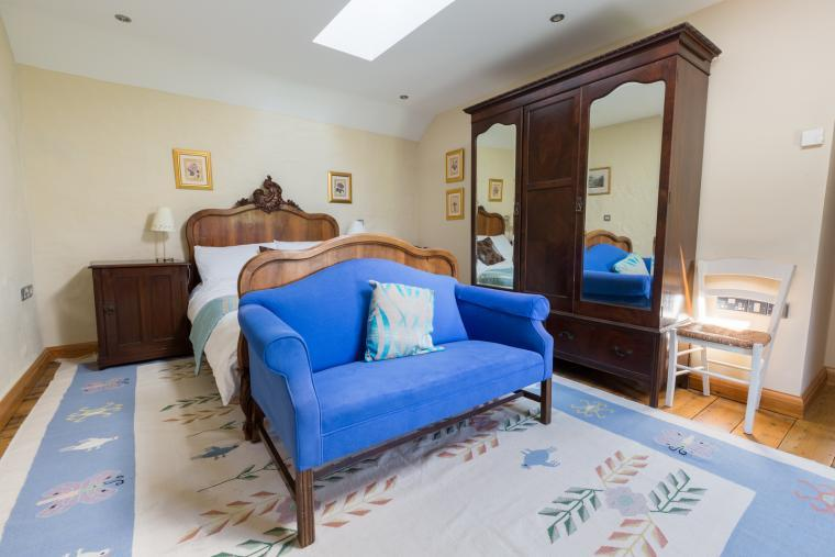 Spacious double bedroom upstairs