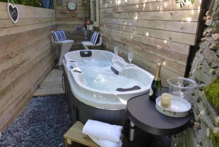 Scandi-style under cover bar and hot tub area for all weather enjoyment