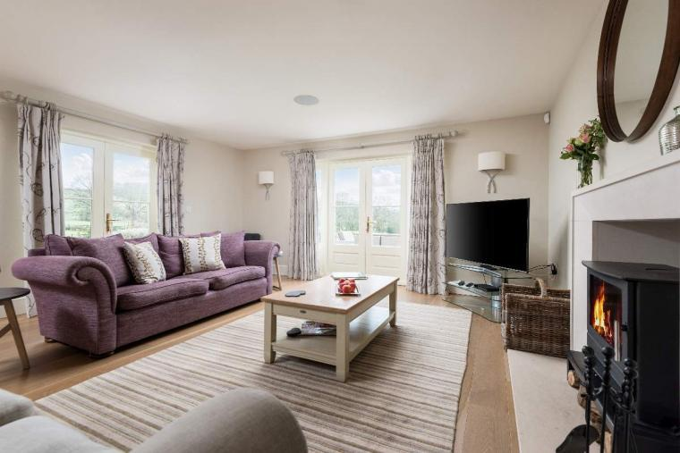Sleeps 10+1, High Standard House with large garden and shared games room, Herefordshire, Photo 31